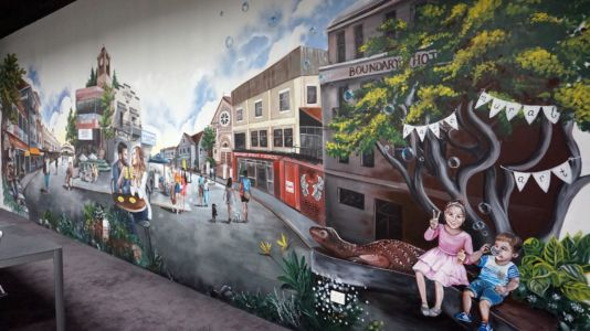West End Mural, Ray White Office. Kat's Mural Art, Kat Smirnoff